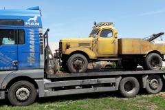 Транспорт на камиони