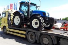 Транспорт на трактори