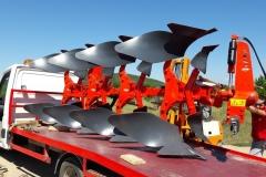 Транспорт на големи селскостопански плугове